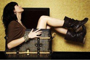 Comment porter les bottes dans chaussure 0810031_visuel_idees_de_bottes_tendances_pour_cet_hiver_2009_-300x200