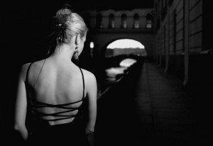 Comment s'habiller pour une soirée dans Mode pour femme La-Petite-Robe-Noire-11-300x206