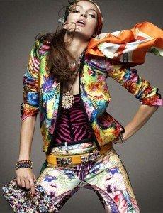 Comment s'habiller avec des imprimés ? dans Mode pour femme melange-imprimés-Vogue-allemagne-230x300